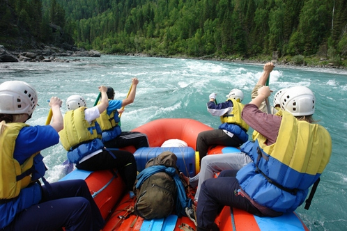 //altai-west.ru/app/uploads/2016/07/rafting-po-Katuni.jpeg